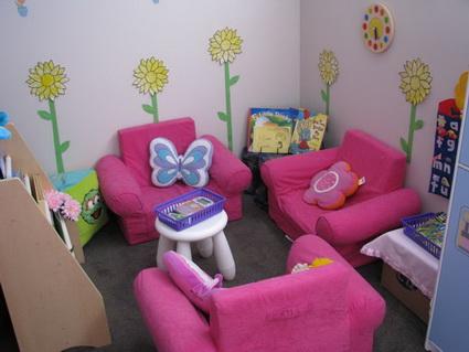 10 reading corners for children 8