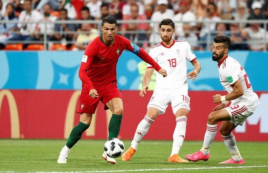 Chấn thương đầu gối của Ronaldo chỉ là 1 lí do.