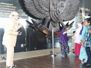 Belajar Sejarah di MuseumKepresidenan RI Balai Kirti Kota Bogor