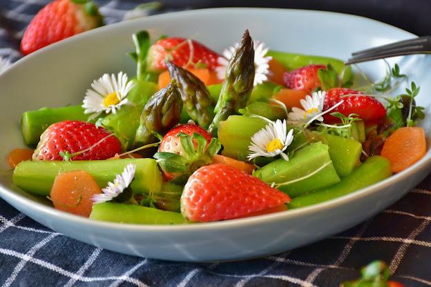 Porque eu nunca uso vinagre na salada e você não deveria também!