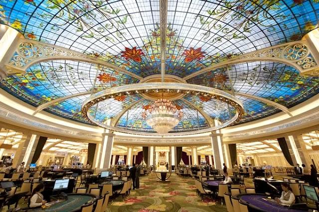 Inside the best casino hotel in Macau