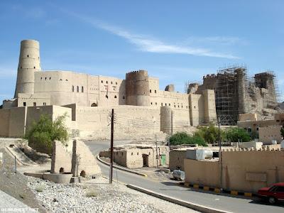 قلعة بهلاء في عمان