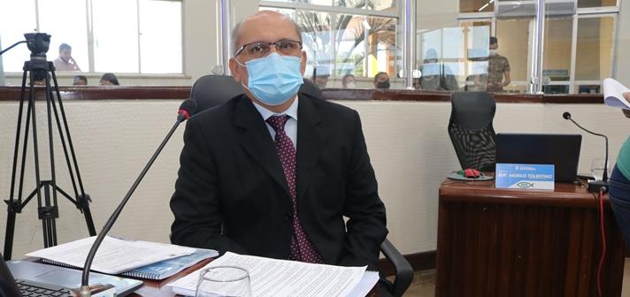 Colou. Até o PT caiu no conto da decisão 'monocrática' do triatlo pela Vigilância Sanitária