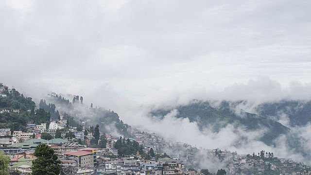 """TIGER HILL DARJEELING"" THE BEST AND BEAUTIFUL PLACE OF INDIA"