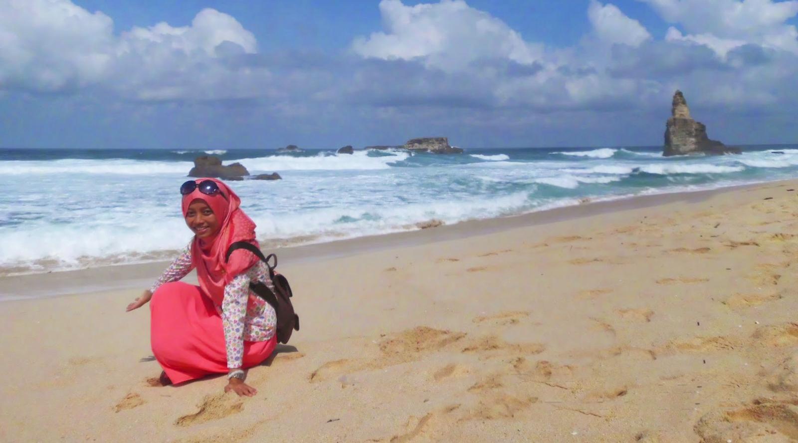 keindahan pantai buyutan pacitan koordinat pantai buyutan