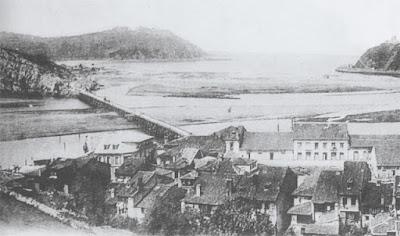 Vista general del puente de madera. Revista Amigos de Ribadesella