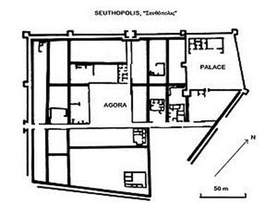 Distribuţia spaţiilor construite, decopertate în 1948-54, în interiorul zidurilor la Seuthopolis