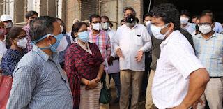 डीएम ने मेडिकल कॉलेज का किया निरीक्षण  | #NayaSaberaNetwork