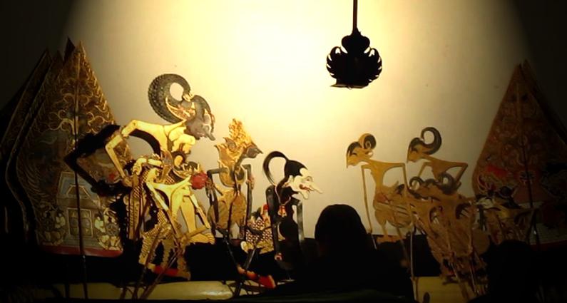 Sejarah hubungan wayang kulit dengan Wali Songo