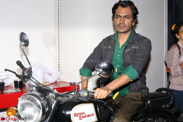 Nawazuddin Siddiqui Shooting For His First Movie Poster Of movie Babumoshai Bandookbaaz (1).JPG