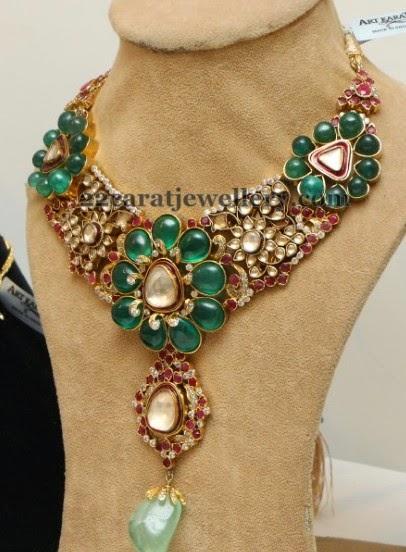 Art Karat Floral Necklace Jewellery Designs