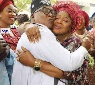 After 26 years of seperation, Kollington, Salawa Abeni reconciles, get house gift