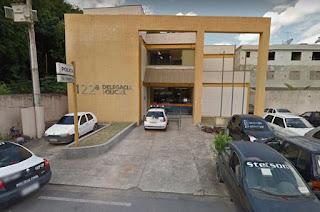 https://www.vnoticia.com.br/noticia/3801-suspeito-de-espancar-e-matar-bebe-em-macabu-e-preso