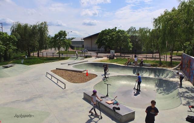 skate park carrieres sur seine