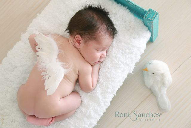 newborn fotos de bebê recém nascido de 4 a 10 dias de nascido.