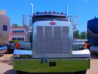 Status transportation truckers report enjoying the freedom of deciding their own schedule.
