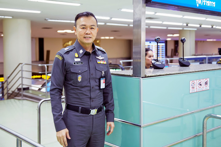 Gov't to charge tourists 100 baht for insurance — Satang.info