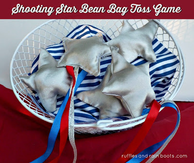 Bean-bag-toss-game-with-shooting-stars