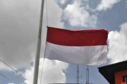 Arti Bendera Setengah Tiang yang Dikibarkan 1 Oktober & Sejarahnya