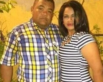 https://www.notasrosas.com/Atentado sicarial en Maicao: una mujer pierde la vida y su esposo resulta herido