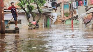 BMKG Keluarkan Peringatan Dini, Pulau Jawa Siaga Banjir 18-19 Februari
