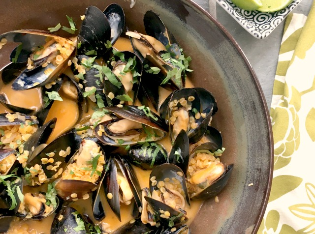 Eating Mussels is Good for You and the Environment