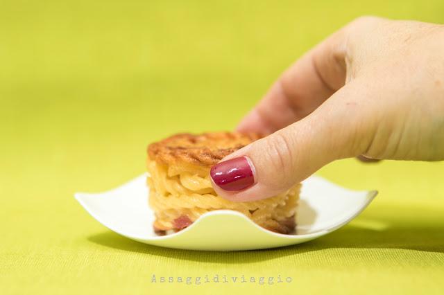 Minifrittatina di pasta alla carbonara - tapas di pasta