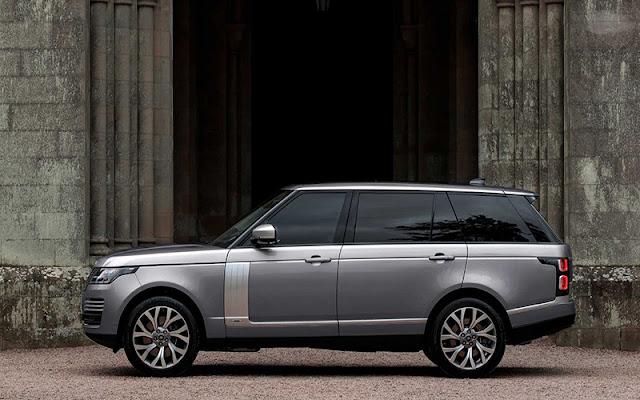 Khi lái Range Rover bạn sẽ có cảm giác như là hậu duệ hoàng thất
