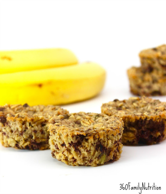 Banana & Chocolate Chip Oatmeal Bakes