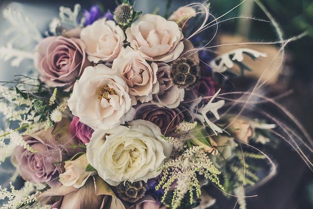 hoa cô dâu giá bao nhiêu