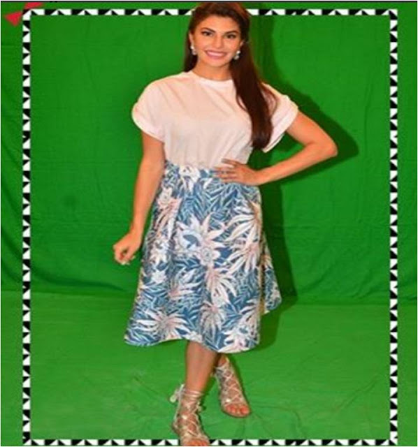 Actress Jacqueline Fernandez spotted in INTOTO shoes