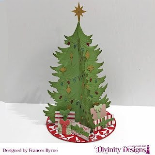 Stamp/Die Duos: Deer Ornament (Bow on packages), Custom Dies: Christmas Tree Table Top Décor, Christmas Tree Skirt, Rectangles, Squares, Papers Collection: Christmas 2018, Snowflake Season