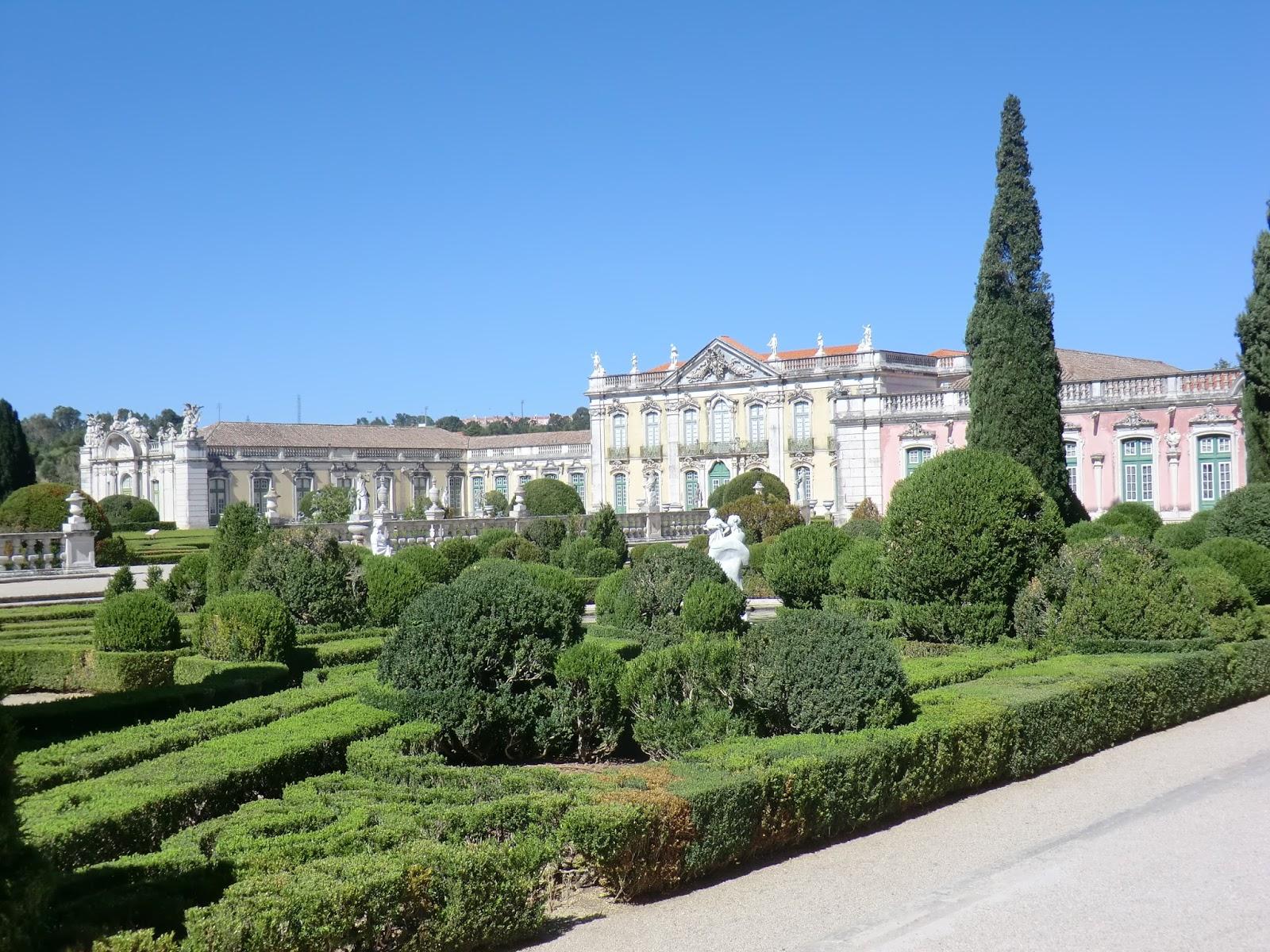 Metido en jardines palacio nacional de queluz el for Jardines barrocos