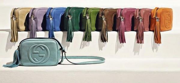 0e1630082 No podía dejar de compartir con vosotr@s mi pasión por el bolso Soho  Leather Disco de Gucci. Es uno de esos bolsos que ves y al instante te  enamoras de ...
