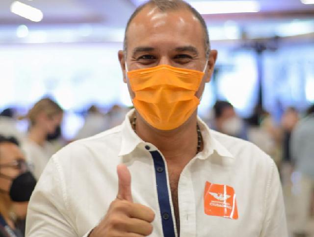 Urge acabar con la corrupción al interior del Ayuntamiento: Víctor Cervera