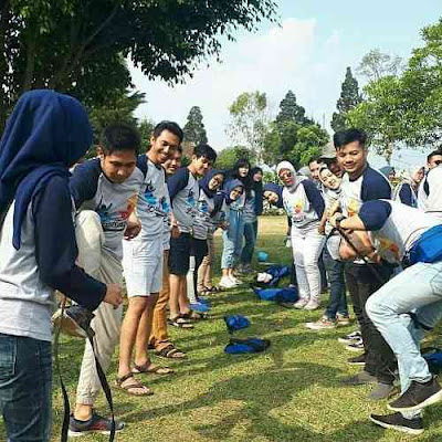 contoh games outbound team building