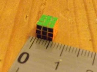 The One Cube merupakan rubik terkecil yang tercatat dalam rekor dunia