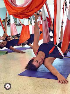yoga aereo, yoga aerea, air yoga, aerial yoga, fly, flying, puerto rico, USA, columpio, hamaca, cursos, clases, talleres, workshop, seminarios, aeroyoga, yoga