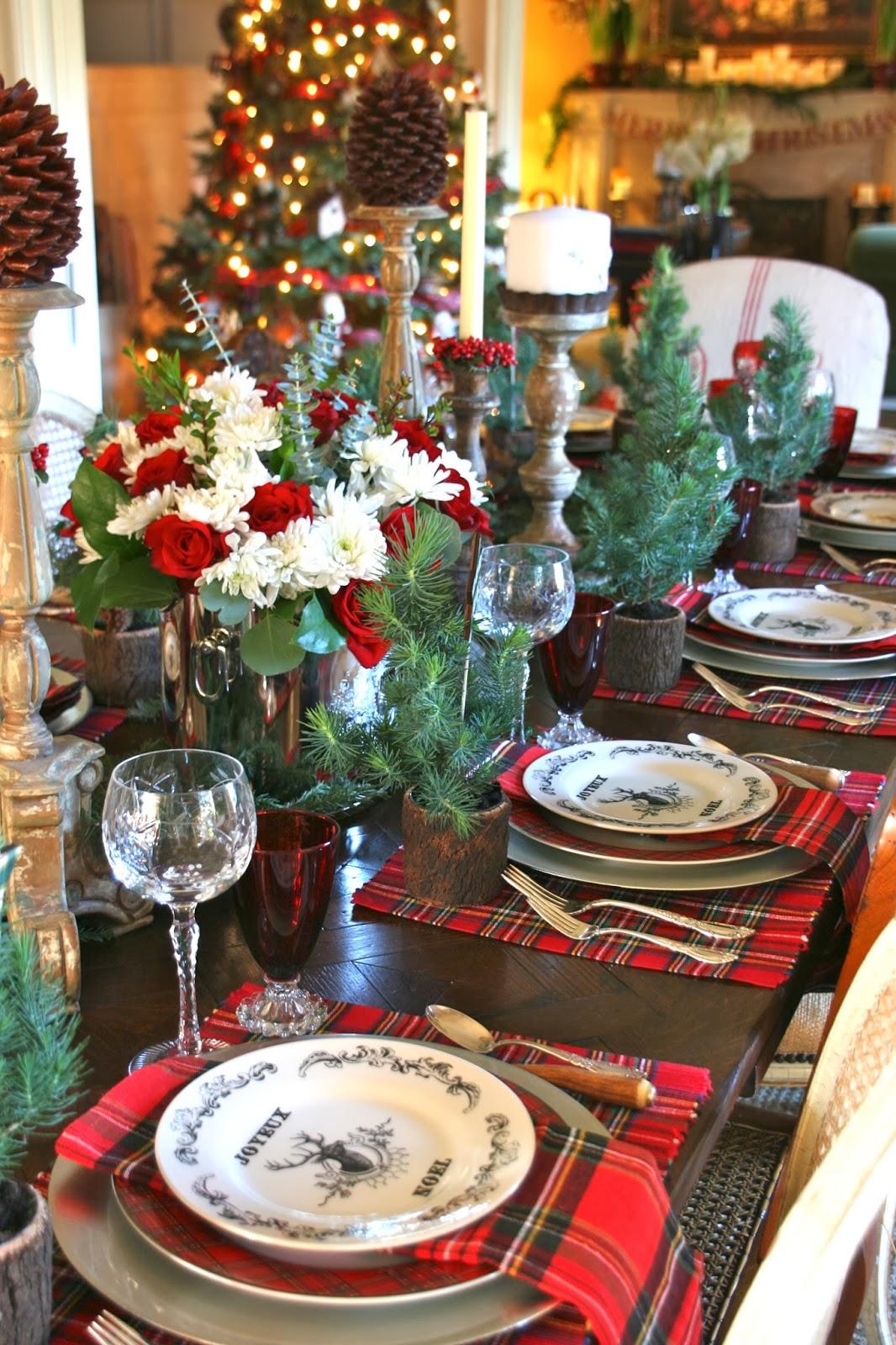 Vignette Design A Christmas Day Tablescape