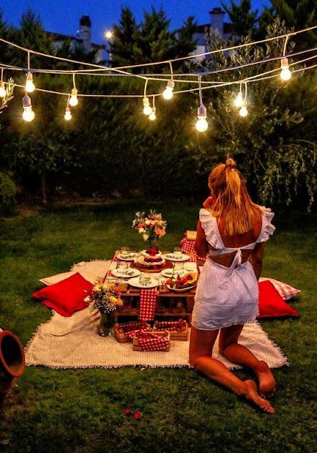 O que fazer no Dia dos Namorados para inovar e gastar pouco, um piquenique romântico