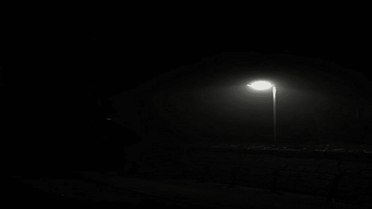 Puisi kesunyian di malam hari 3 bait