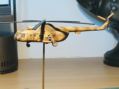 Mi-8 Hip Assault Helicopter picture 1