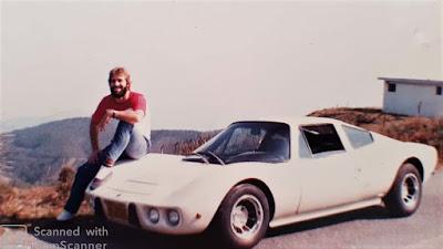 Sérgio Henriques e seu Bianco 1977, durante viagem para Campos do Jordão, na década de 1980.