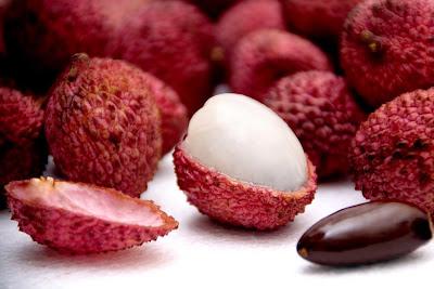 Resultado de imagem para frutas na china