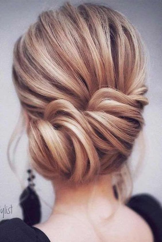 Lovely Hairstyle Ideas For Valentines Day Dinner