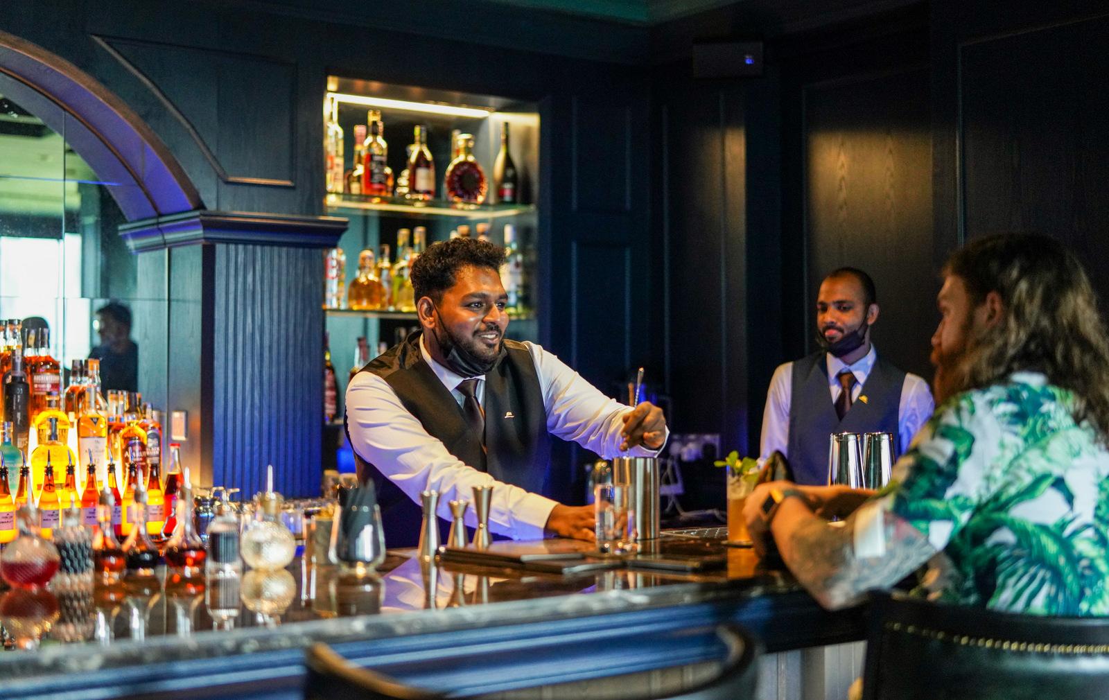 frank's bar, avenue k