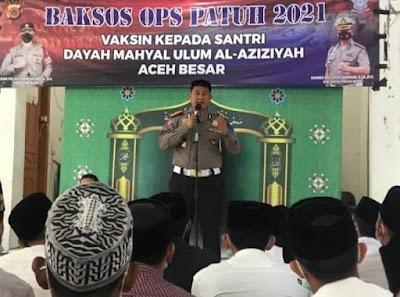 Ditlantas Polda Aceh Gelar Vaksin Di Dayah Mahyal Ulum Al Aziziyah