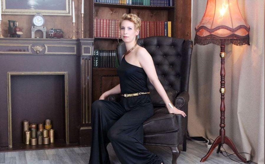 AdrianaStorm Model GlamourCams