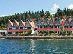 Hotel Terbaik di Danau Toba Parapat - Danau Toba International Cottage