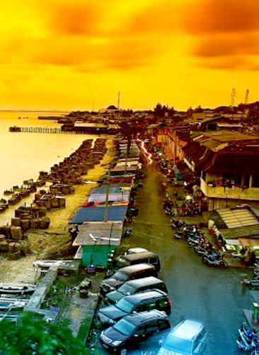 Wisata Pasar Klandasan